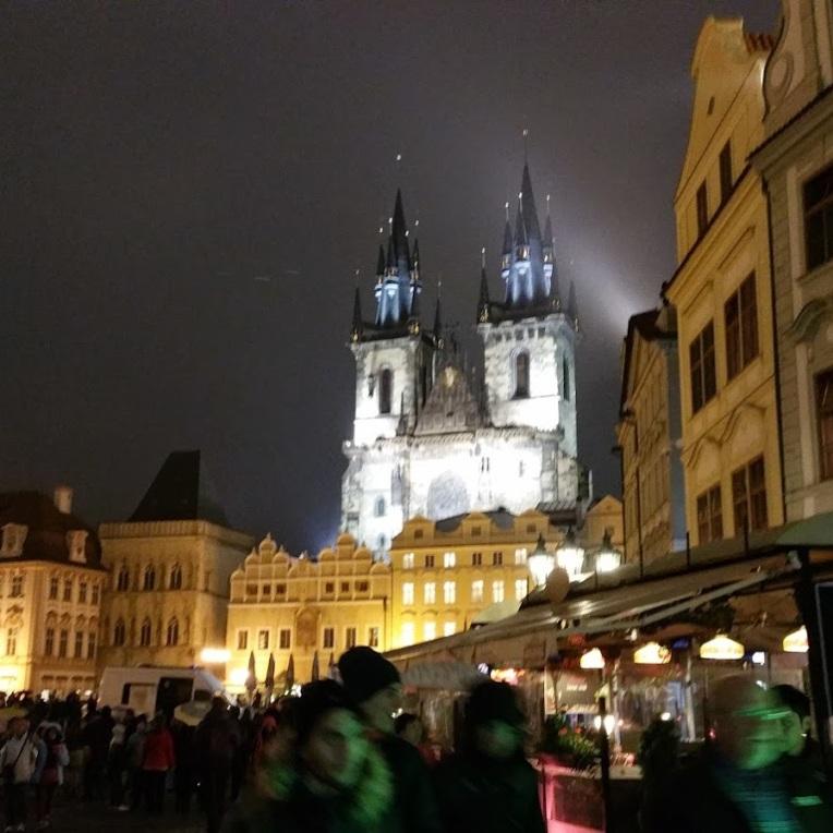 Noaptea in centru