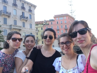 Group pic! Nana, eu, Alina, Sabina si Rox