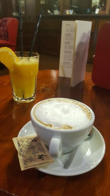 TM - cappuccino & freshly squeezed orange juice