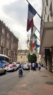 La pas prin Mexico City