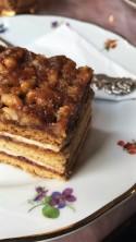 Honey & nuts cake